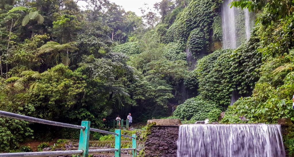 Benang-Stokel-Waterfall